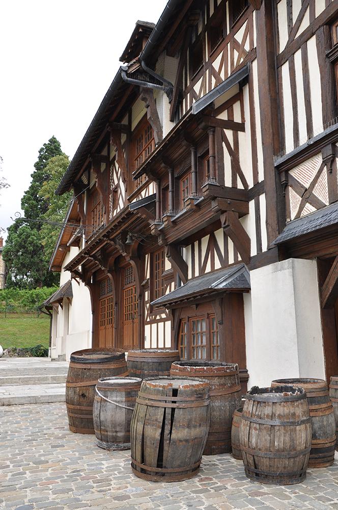 La Visite Guidee De Leglise Saint Germain Construite En 1839 Est Aussi Loccasion Dobserver Plus Pres Son Grand Orgue Et Sa Fresque Murale